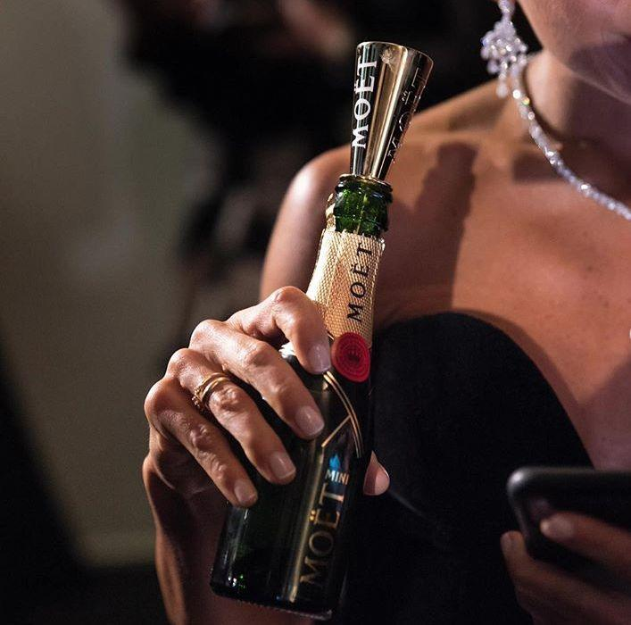 你爱不释手的可爱版Mini香槟,已经风靡全球100多年了!