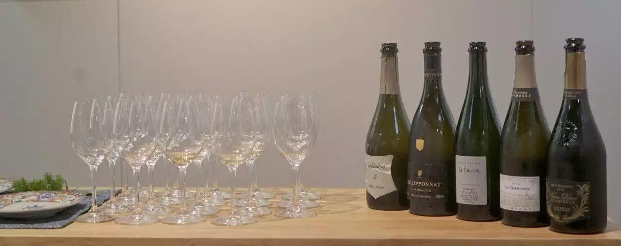 香槟与岩茶的灵魂对话