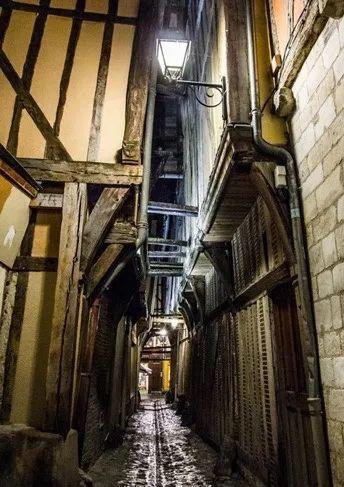 香槟旅行|封存在中世纪历史中的特鲁瓦小城