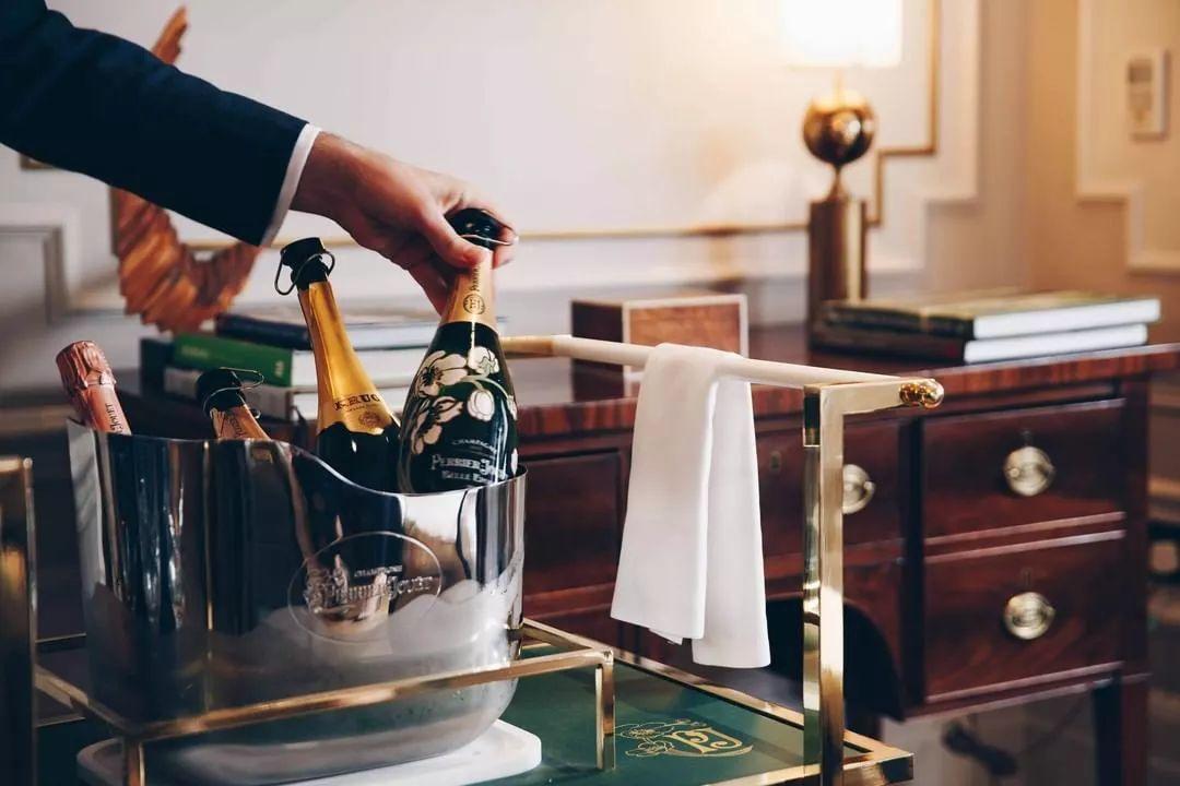 香槟车指南 | 推一车香槟到你家,约么?