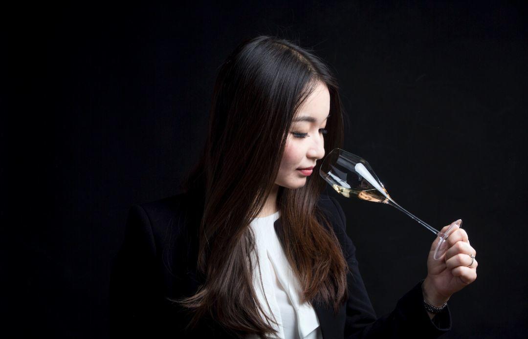 11.29 北京   香槟庄主晚宴:Billecart-Salmon 沙龙贝尔高端系列