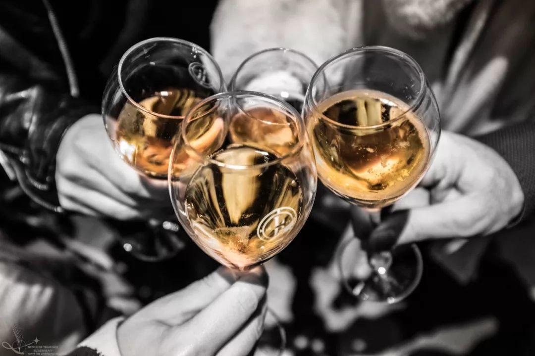 Epernay灯光节│一场香槟区光影与美酒交织的盛宴