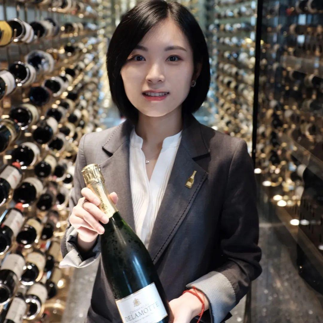 槟客买醉指南2020│成都艺术美学餐厅-翠玲珑CUI,一起来体验最新香槟酒单&主题菜单