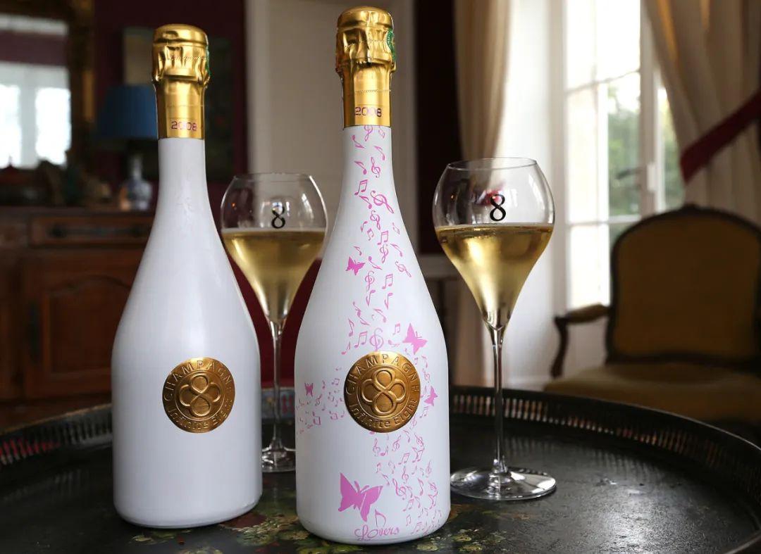香槟趣闻 | 一瓶会变身的香槟?