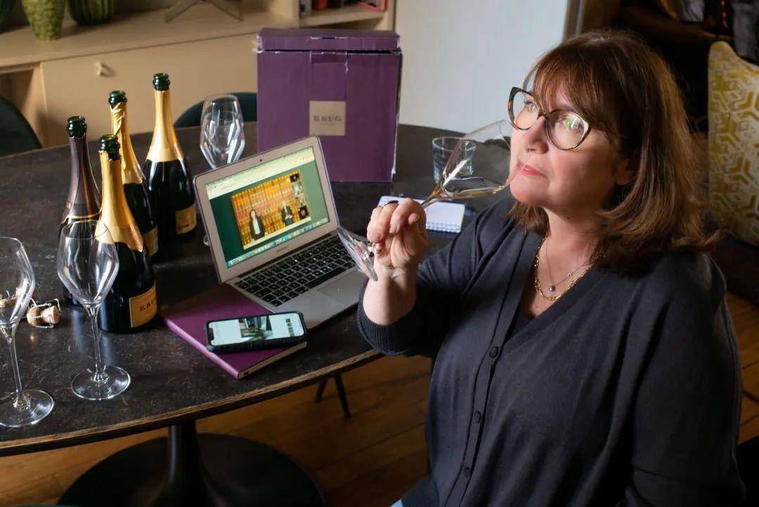 香槟新闻 | 库克混酿169香槟全球线上发布、查尔斯·海德希克发布2008年份桃红香槟...